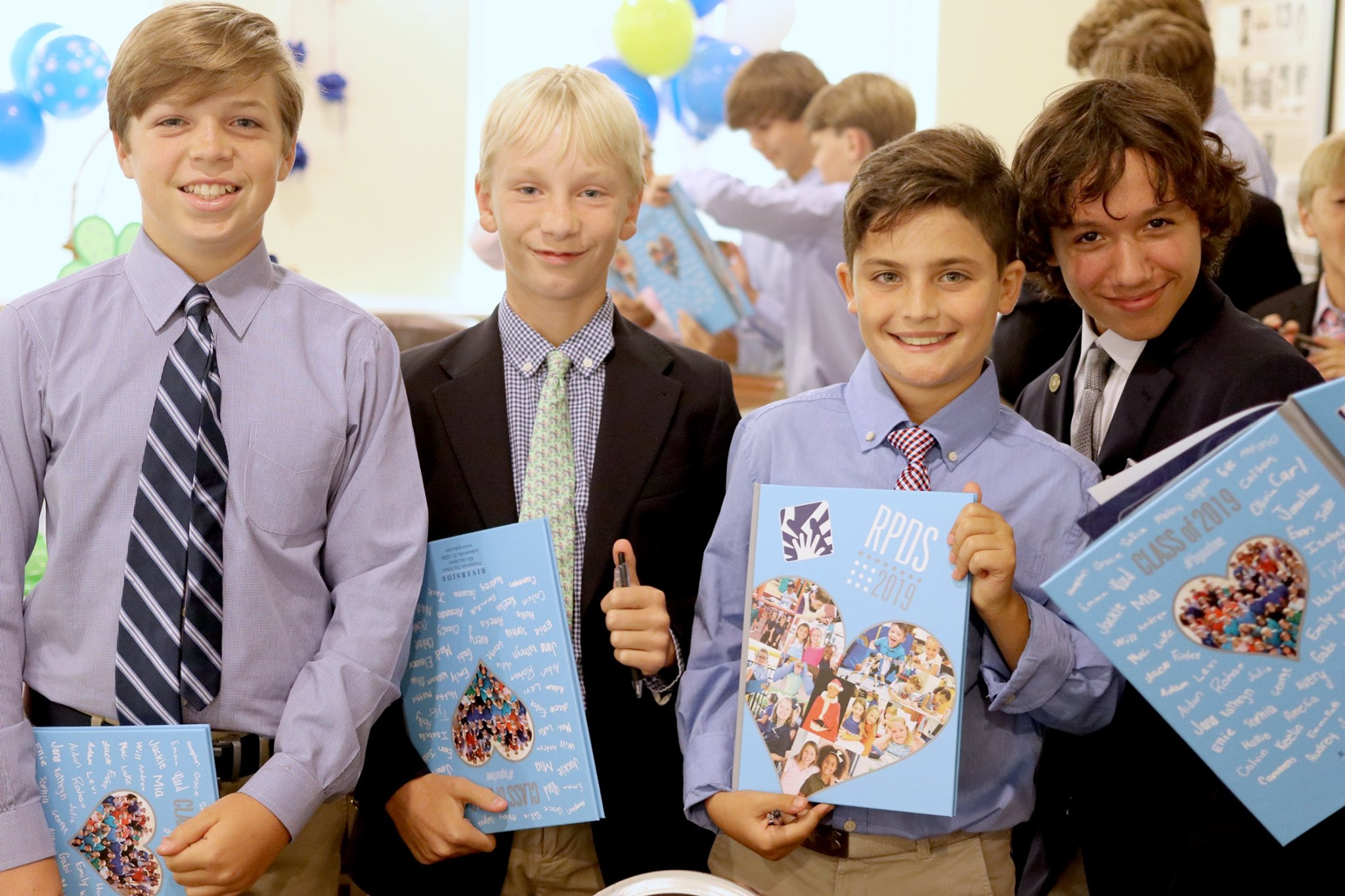Luncheon Honors 6th Grade Service Hours